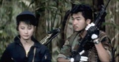 Moon Lee en mercenaire et Alex Fong en Rambo